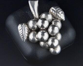 Vintage Mexican Brooch, 1940s Brooch, Sterling Silver Brooch, Repousse, Grape Brooch, Mexican Silver, Figurative Brooch