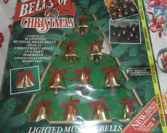 Mr. Christmas decoration musical 10 brass jingle bells with lights plays 21 carols works