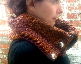 Scarf with buttons , Neckwarmer scarf with buttons . Brown Crochet infinity scarf , Crochet scarflette  Women's cowl