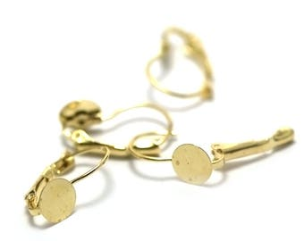 10 Stud Earrings with flat, gold backing