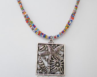 Multicolor and silver starfish necklace