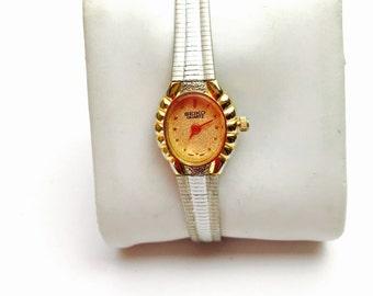 Vintage seiko quartz Wrist Watch, silver/gold Tone, Winter Sale, Item No. B125