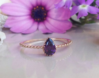 20% off- SALE!! Purpule Amethyst Ring - Small Drop Ring - Gemstone Ring - February Birthstone Ring - Simple Ring - Gold Ring - Delicate Ring