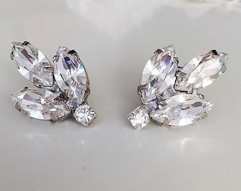 Clip On Earrings Store Swarovski Crystal Leaf Clip On Earrings wwk9Tk