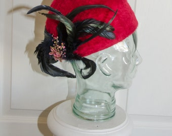 Vintage 1960's Lilly Dache Dachettes Hat with Rhinestone Pin