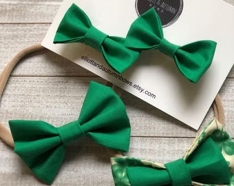 bow barrette, fabric bow, toddler barrette, toddler clip, newborn bow, baby girl headband, baby girl clip, green bow, handmade clip