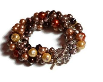 Pearl Cluster Bracelet, Beaded Boho bracelet, Beaded jewelry, Wedding Bridesmaid gift, bold cluster bracelet, Pearl Jewelry