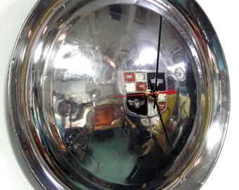 1952 - 1953 Studebaker Champion and Commander Hubcap Wall Clock