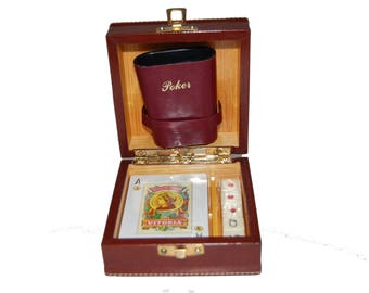 Card game // POKER // Spanish deck // Lined wooden case // Vase for dice and cards.