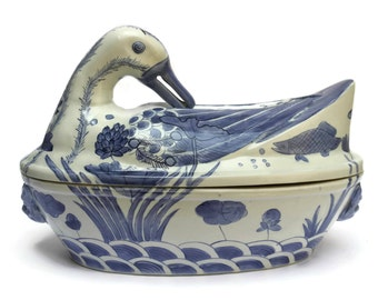 Mid Century Blue and White Chinese Export Porcelain Duck Tureen.