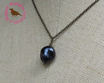 Baroque Pearl Choker, Indigo Blue Pearl Necklace, Blue Pendant Brass Necklace, Short Pearl Pendant Necklace, by MagpieMadness for Etsy