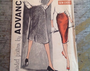 Vintage Sewing Pattern Advance 9498 Women's Waist 26 Skirt