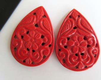 2 Pieces Matched Pair Pear Shaped Coral Jewelry Carvings, Hand Carved, Filigree Findings, Gemstone Carving, 40x27x4mm, GDS855