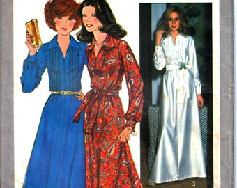 Simplicity 8249 Woman's Retro Knee Length or Maxi Length Dress, Shift Dress with Belt Sewing Pattern Size 8 Vintage 1970's UNCUT