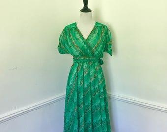 Vintage Floral Belted Dress// Jody T of California// Size Medium// Sheer Dress