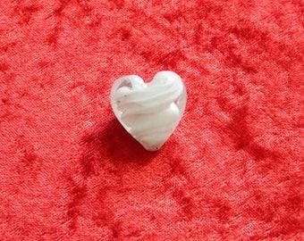 1 Pearl Heart White lampwork glass 25 x 25 mm