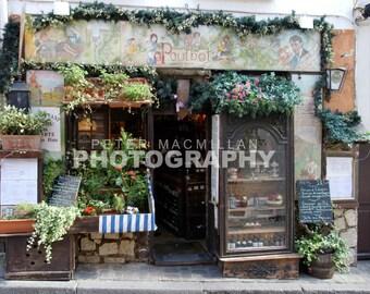 The Gorgeous Poulbot Restaurant - Montmartre - Paris