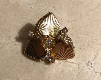 Vintage heart brooch with clear rhinestones
