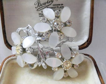 Lovely Large White Thermoset Floral Spray Brooch with Clear Rhinestones