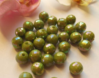 45 Green 8mm acrylic faceted beads