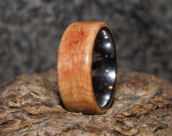 Size 9 - Calluna Root & tungsten ring