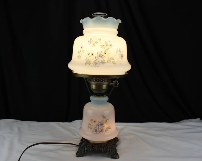 Vintage Student Lamp-Gone with the Wind Style Electric Table lamp Blue and White