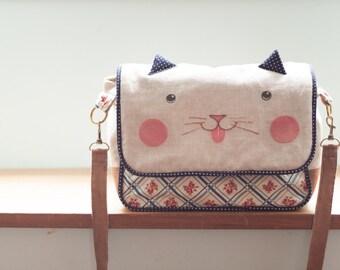 Sling shoulder bag cat woman