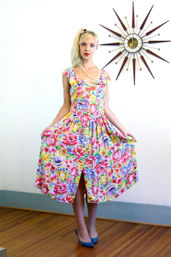 Vintage 80s Bright Floral Dress Yellow Blue Pink White Flower Print Ruffle Neck Drop Waist Full Skirt 1980s Retro Flower Pattern Frock