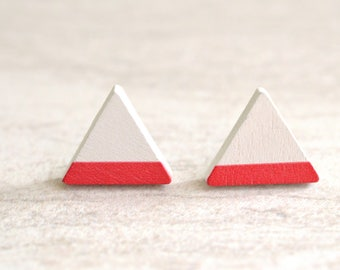 Stella - Red  White Triangle Wood Posts