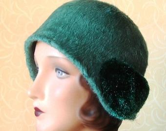 Rebecca, a green fur felt cloche