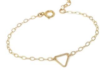 Delicate Triangle Bracelet - Dainty Bracelet - Simple Bracelet - Outline Triangle