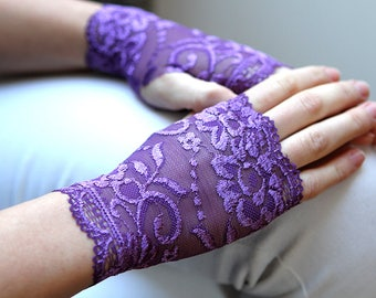 Lace Gloves  in Violet, Stretch Lavender Purple Lace, Fingerless lace gloves, Bride, bridesmaid, gift for her.  Ready to ship.