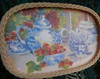 Serving Tray c 1980s, Kitchen Tray, Vintage Tray, Country Cottage Serving Tray, Pretty Retro Tray, Kitchen Serving Tray