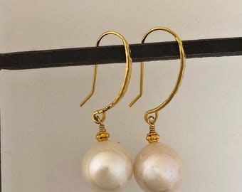 Off White pearls on gold vermeil ear wires