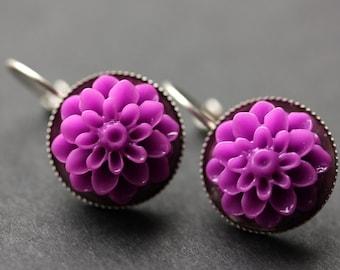 Dark Lilac Dahlia Flower Earrings. French Hook Earrings. Lilac Purple Flower Earrings. Lever Back Earrings. Handmade Jewelry.