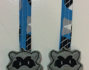 BANDIT Reach Straps. Raccoons. Raccoon Pull Straps. Bandit. Tula Accessories. Lillebaby Accessories. MJ. Kinderpack. Chimparoo. Ergo. Bjorn