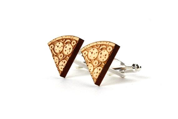 Pizza cufflinks - lasercut maple wood - jewelry for the groom - kitsch wedding accessory - Italy - Italian food