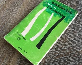 Howards End by E.M. Forster (Vintage Books, c. 1950s-1960s) V-7