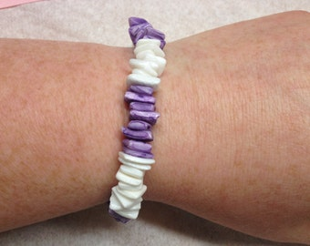 Vintage Purple and White Stone Beaded Bracelet, Length 9''