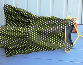 One only.  Polka dot cotton dress.  Girl's dress. Made to order. Choose your fabric. Bespoke kid's clothes.