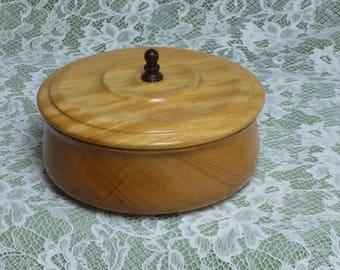 MIRRORED JEWELLERY BOX in Pau Amarello (Yellow Heart)