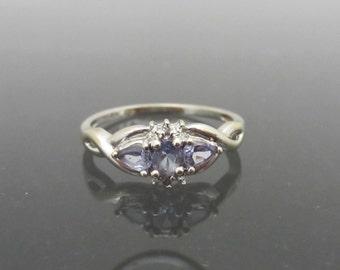 Vintage 10k Solid White Gold Genuine Tanzanite & Diamond Ring size 7