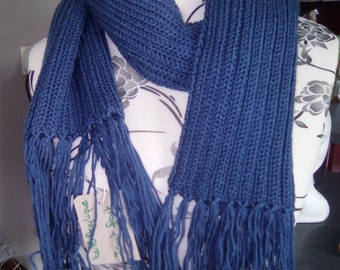 long unisex scarf with fringe