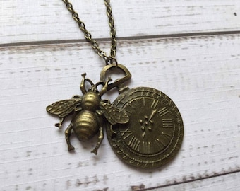 Steampunk Necklace, Steampunk Bee Necklace, Bee and Clock Necklace, Gift for Friend, Birthday Gift, Alternative Necklace, Mothers Day