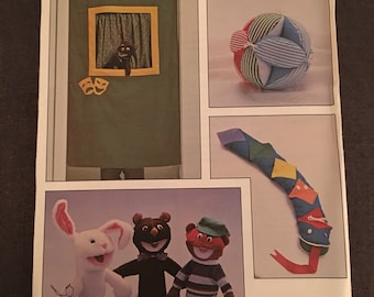 Vintage Kwik Sew Pattern 1217 Puppet Puppet Show Learning Toy Kids Soft Toy