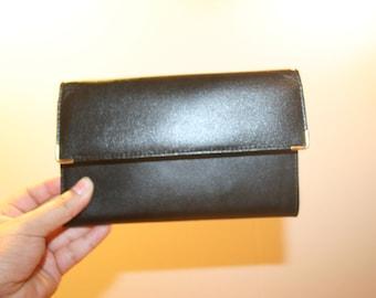 BIFOLD LEATHER WALLET,bifold wallet,bifold wallet women,amity,black wallet for women,card holder wallet,card holder wallet zipper,wallet