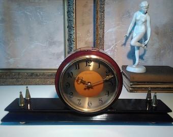 Mantel clock,clock fireplace, table clock, mechanical clock, made in the USSR, decor.