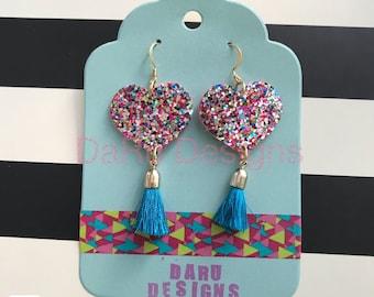 Multicolor hearts glittery earrings with tassels