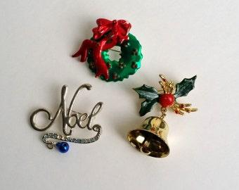 Vintage Gold & Silver Tone Christmas Bell Noel Wreath Pin Brooch Set of 3.