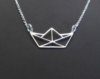 Collier en argent Sterling bateau collier, collier de bateau de papier, origami, collier minimaliste, collier de charme, bijoux, cadeau pour elle